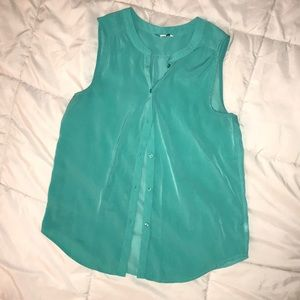 American Eagle Button-down Sleeveless Tank